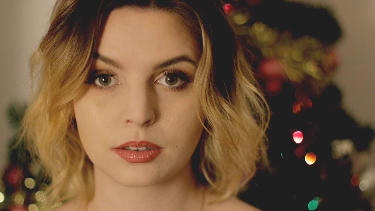 Emma Blackery broke up with her boyfriend Luke Cutforth and became best friend to him. Know Emma Blackery wiki, age, height, weight, and much more.