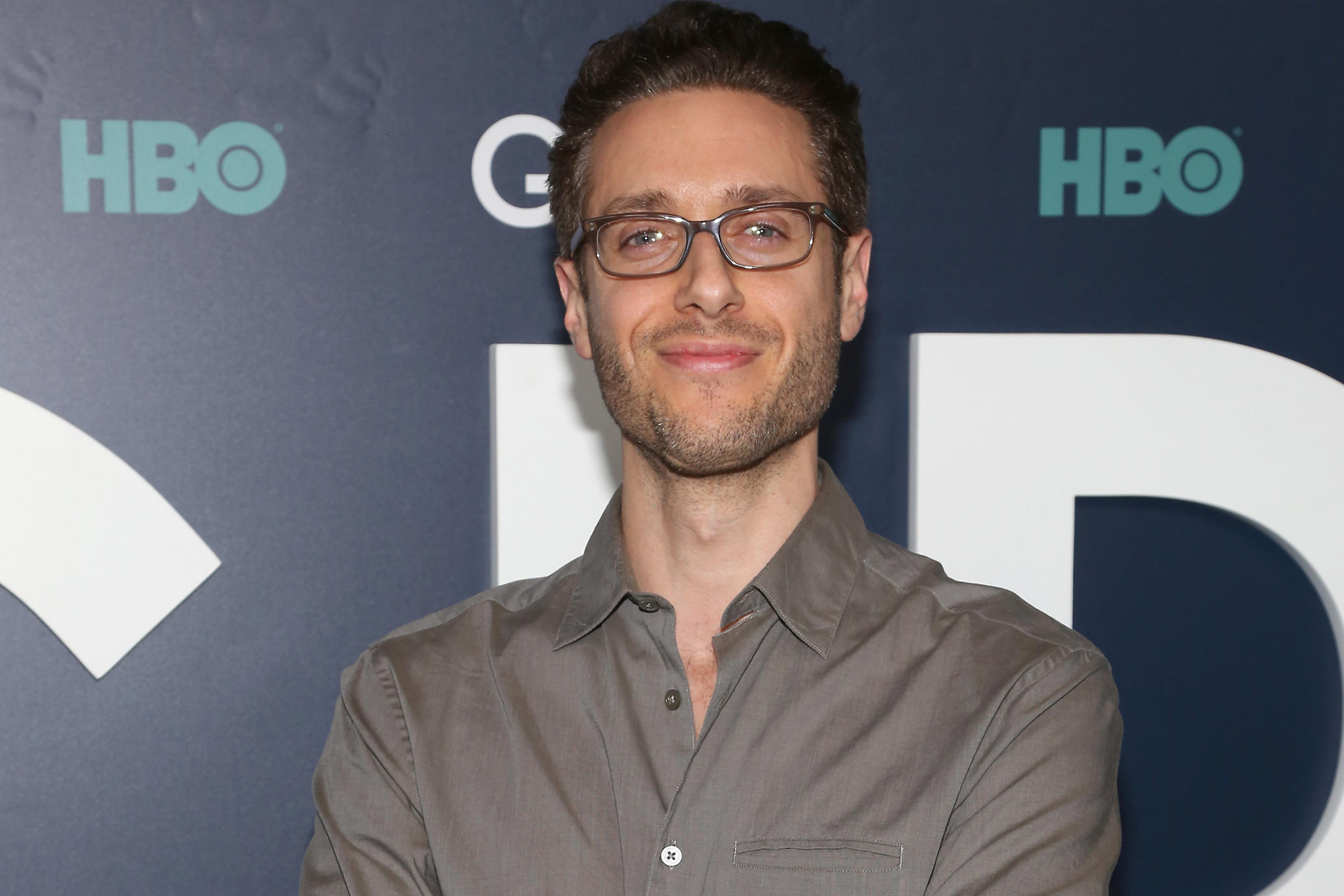 Paulo Costanzo, sexuality, gay, straight, net worth, dating, wiki, age, height
