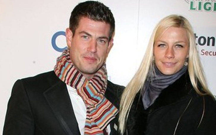 Jesse Palmer formerly dated Jessica Bowlin but he is single now.