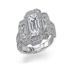 engagement ring of Lauren Bushnell