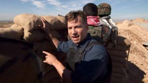 Richard Engel covering the conflict and war news in Peshmerga Front Line in Northern Iraq. Photo credit: nbcnews.com