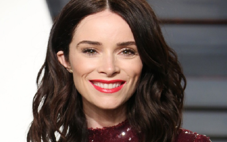 Abigail Spencer was married to her husband Andrew Pruett but are now divorced.