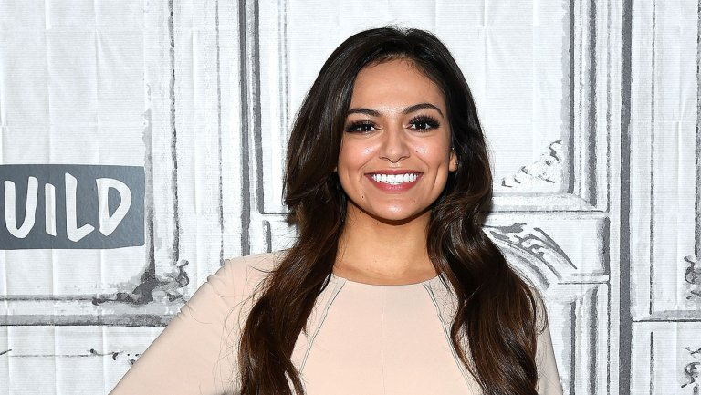 Bethany Mota dating, boyfriend, net worth, wiki, bio, age, height, parents, sibling