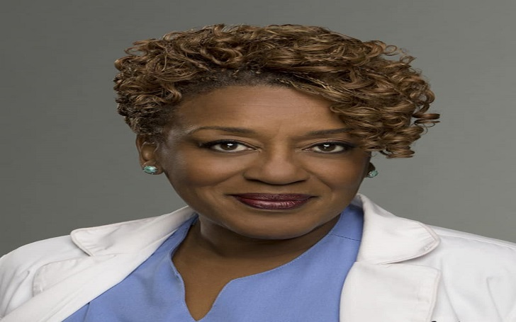 CCH Pounder married, husband, divorced, net worth, wiki, bio, age