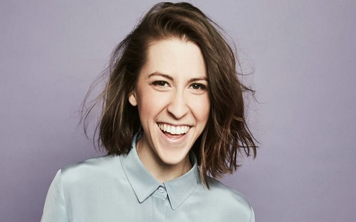 Eden Sher is not dating anyone at the moment