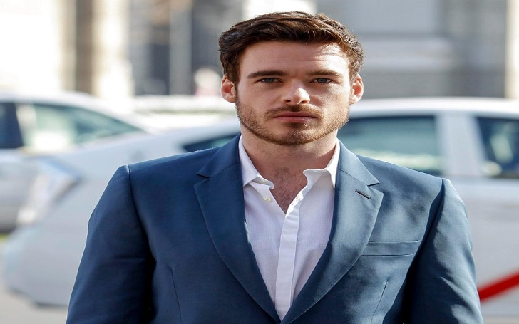 Richard Madden Allegedly Dating Ellie Bamber Yet Found Kissing