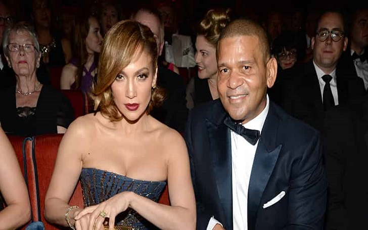 Jennifer Lopez's Manager Benny Medina is not dating anyone