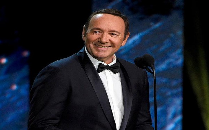 The Oscar-Winning Actor Kevin Spacey's Gay Admission; Apologizes To Anthony Rapp For Alleged Sexual Advances! Also, Know His Wiki-Bio!