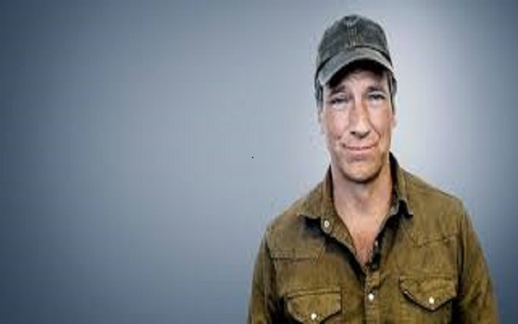 Dirty Jobs' Mike Rowe: A Victim Of Death Hoax Has Magnificient Net Worth But Has No Wife Yet; Allegedly Dating A Girlfriend? Exclusive Details!