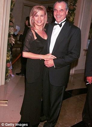 Vanna White married, husband, dating, boyfriend, divorce