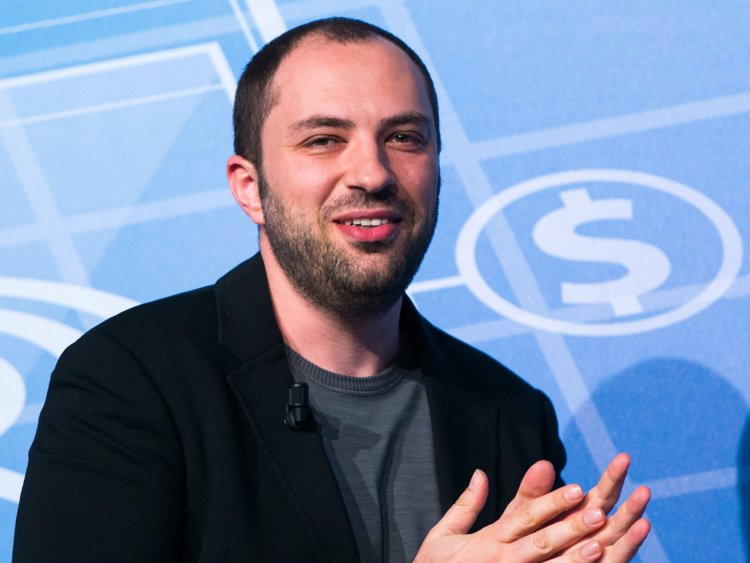 Jan Koum dating, affair, girlfriend, partner, wiki, bio, net worth