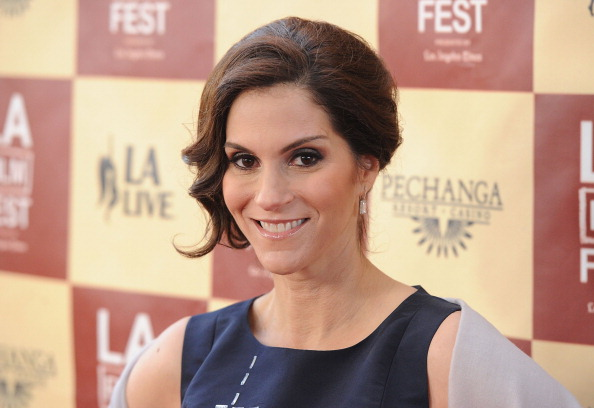 Jami Gertz married, husband, biography, net worth, career. movies, tv shows