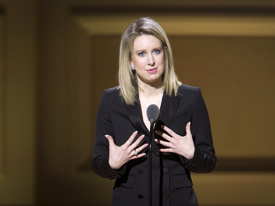 elizabeth holmes Accused dating married net worth wiki bio
