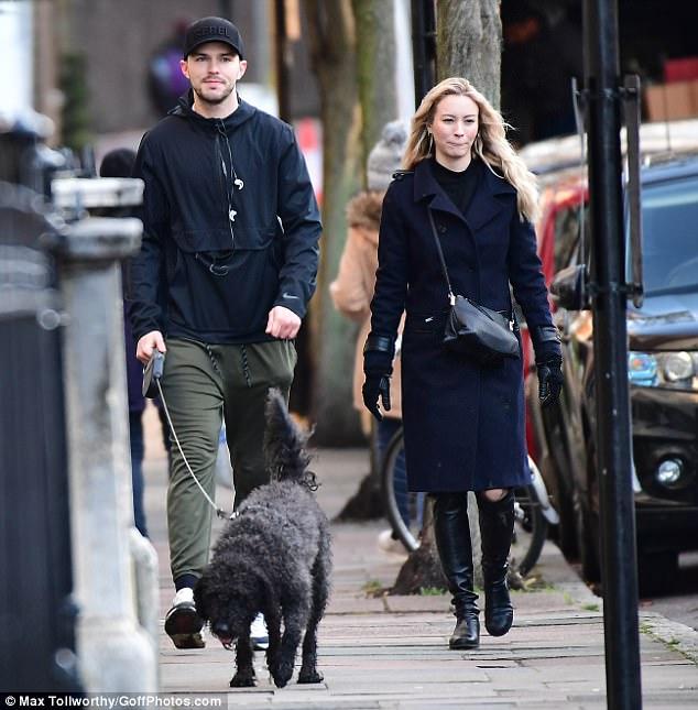 Nicholas Hoult dating Zayn Malik dating historia Zimbio