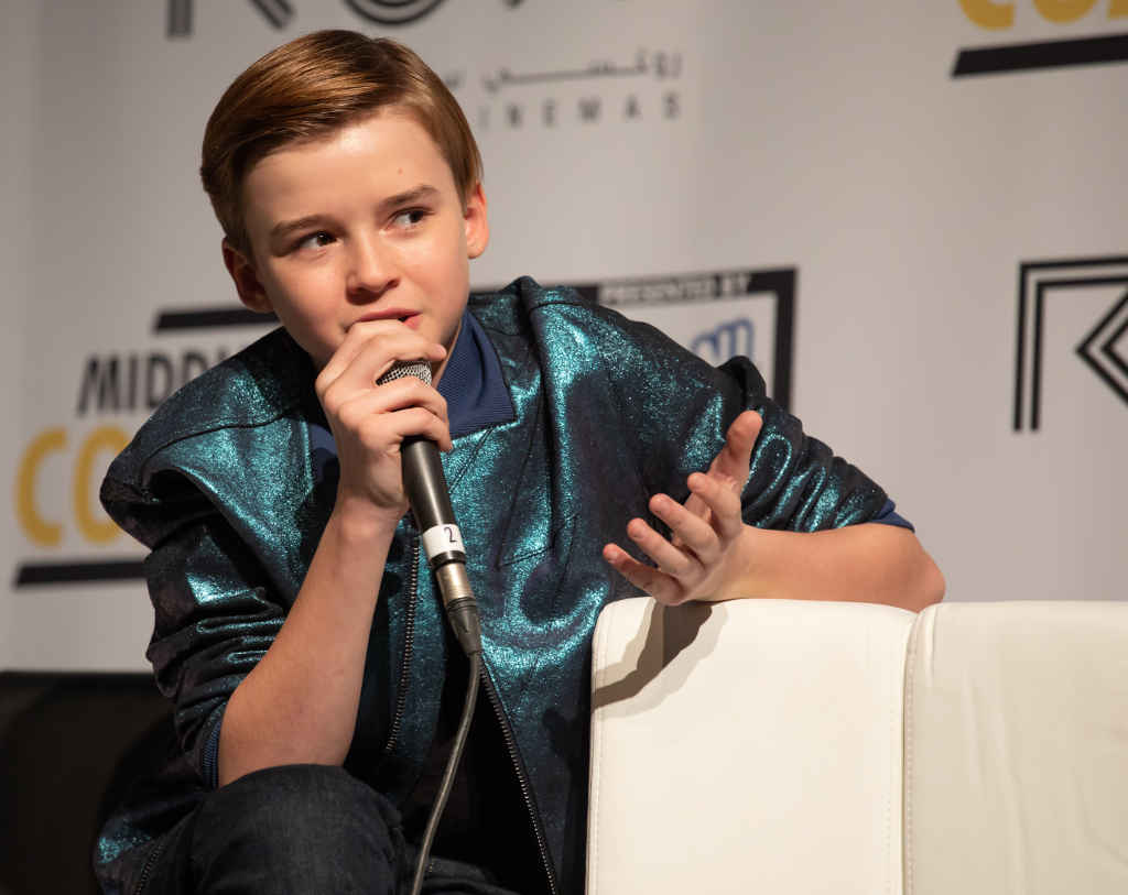 Child Actor Maxwell Jenkins Bio, Parents, Net worth, Wiki, Sister, Birthday, Age, Lost in Space, TV Series