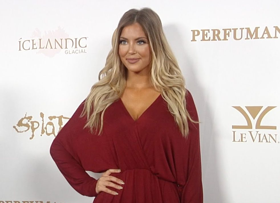 Sophia Pierson dating, boyfriend, career, net worth, wiki, bio, age, height