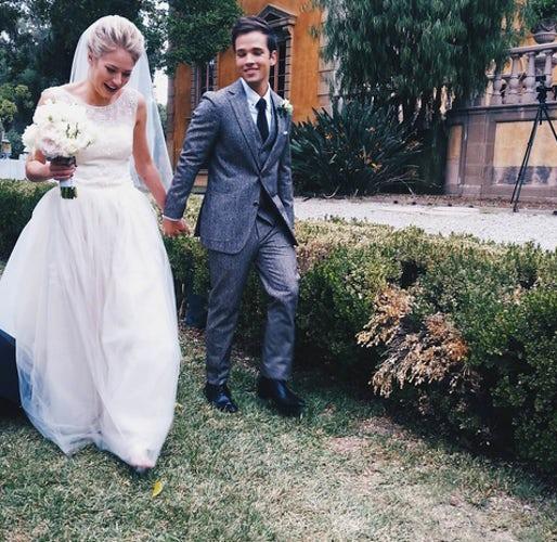Nathan Kress married, wife, children, bio, wiki, wedding