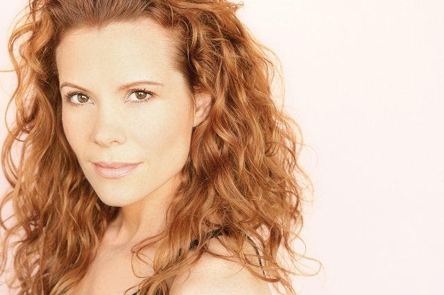 American Actress Robyn Lively's Married Life, Husband, Net worth, Career, Age, Height, Wiki, Bio