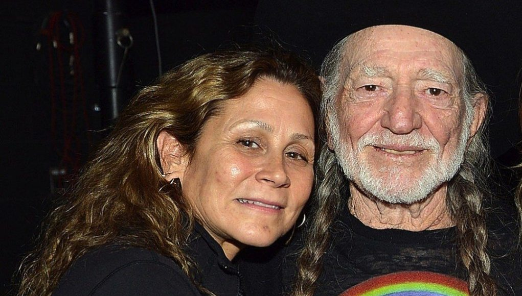 Annie D' Angelo is married to her husband Willie Nelson