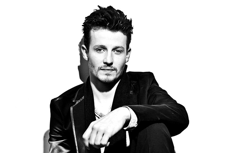 Will Estes is most probably single at the moment.