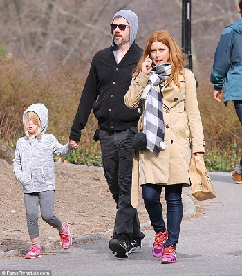 Amy Adams husband and daughter