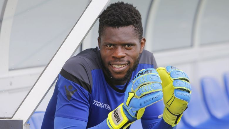 Francis Uzoho Bio: Dating, Girlfriend, Net worth, FIFA 2018, Height, Wiki, Family