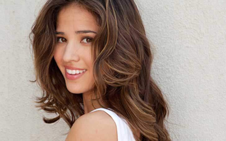 Kelsey Chow is dating her boyfriend William Moseley.