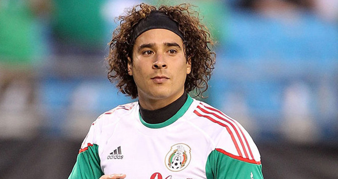 Guillermo Ochoa bio, married, wife, children, net worth