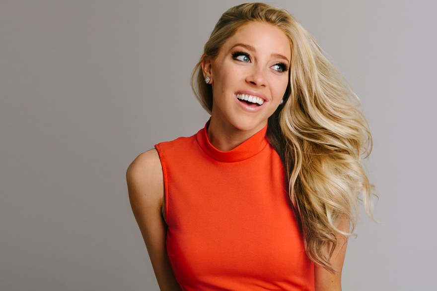 ESPN Reporter Olivia Harlan Married, Fiance, Husband, Bio, Net worth, Career, Height, Family