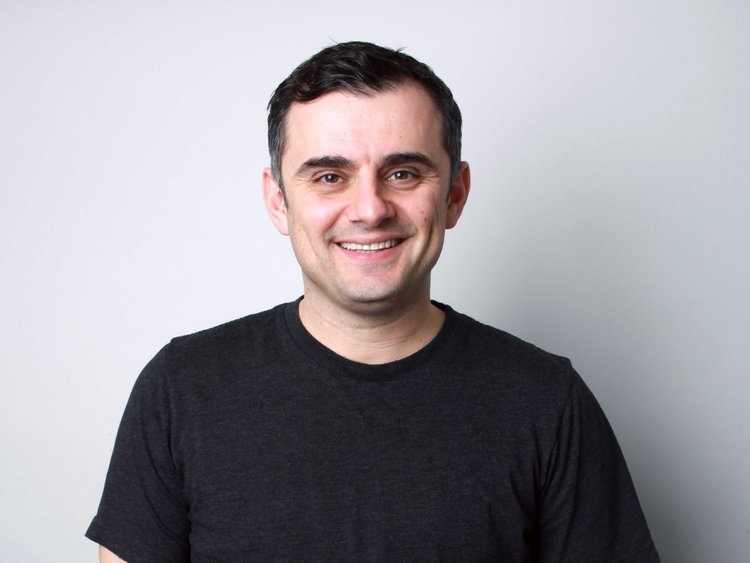 Gary Vaynerchuk is in a married relatioship with his wife Lizzie Vaynerchuk and has children with him