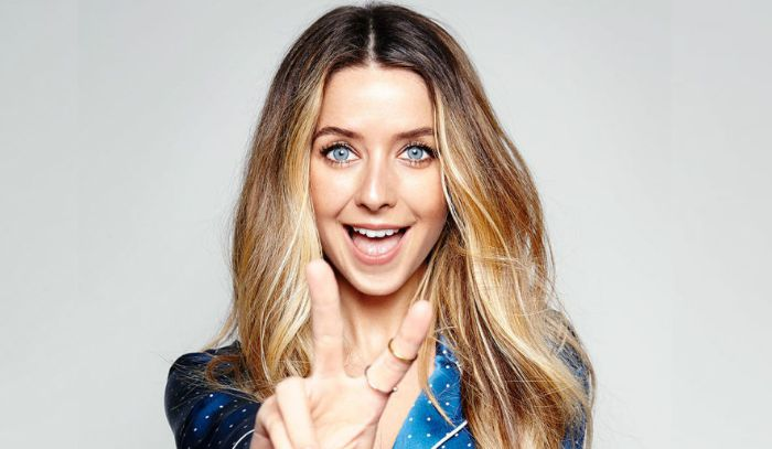 Zoe Sugg wiki, bio, boyfriend, married, net worth, height, family
