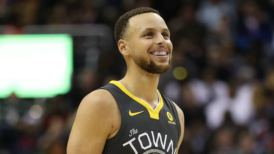 Stephen Curry and his wife Ayesha Alexander tied the knot in 2011 and they have two daughters now.