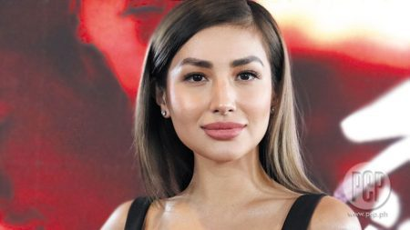 Nathalie Hart wiki, bio, boyfriend, married, age, height, family, pregnant