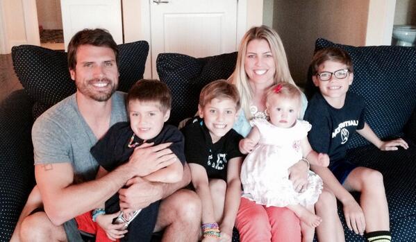 Joshua Morrow family: wife and children