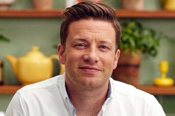 Jamie Oliver wiki, bio, wife, net worth, family, age