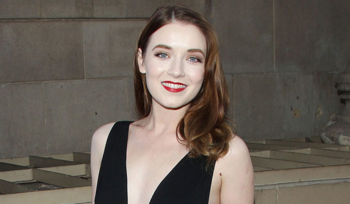 Sarah Bolger wiki, bio, boyfriend, net worth, age, height, family