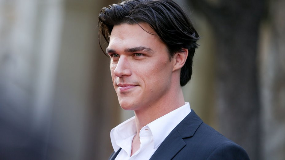 Finn Wittrock married