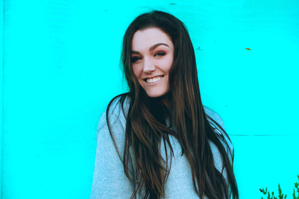 Ally Hardesty wiki, bio, boyfriend, dating, height, family, age