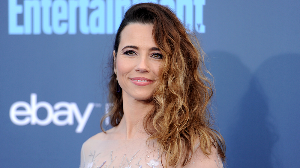 Linda Cardellini is married to her husband Steven Rodriguez.