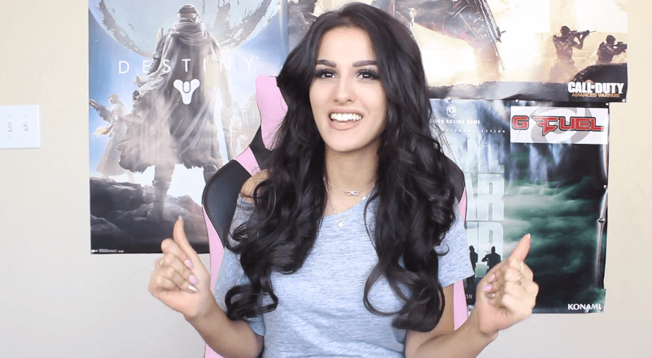 SSSniperwolf dating life,