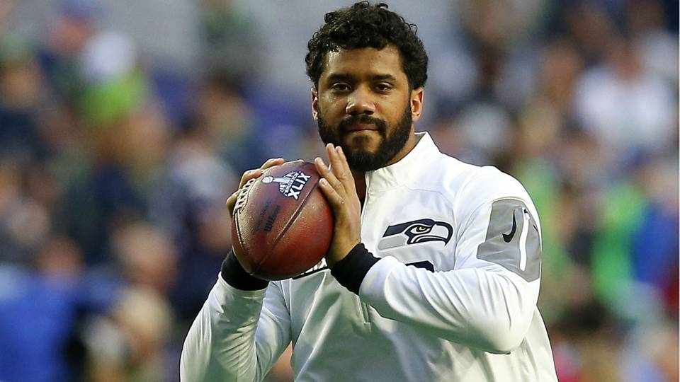 Russell Wilson bio, wiki, wife, kids, net worth, height, family