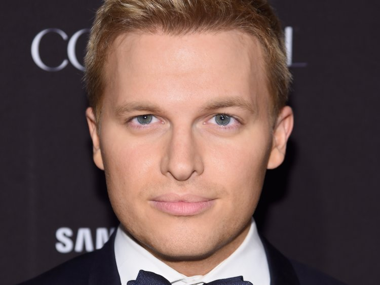 Ronan Farrow wiki, bio, age, family, height, partner, married
