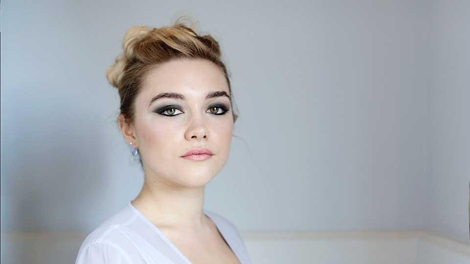 Florence Pugh wiki, bio, age, height, family, boyfriend, net worth