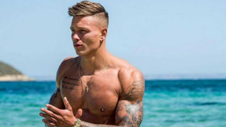 Alex Bowen and his wife Olivia Buckland married in 2018.