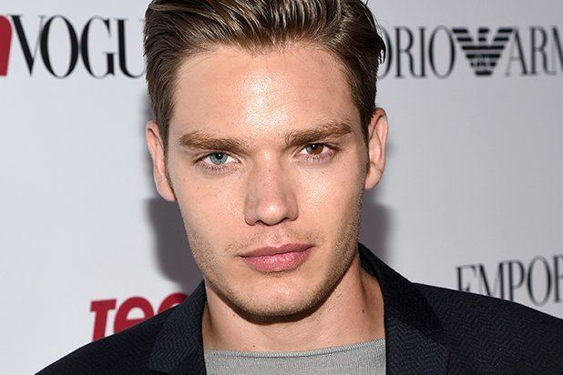 Dominic Sherwood Wiki, Bio, Girlfriend, Married, Net worth, Family, Age