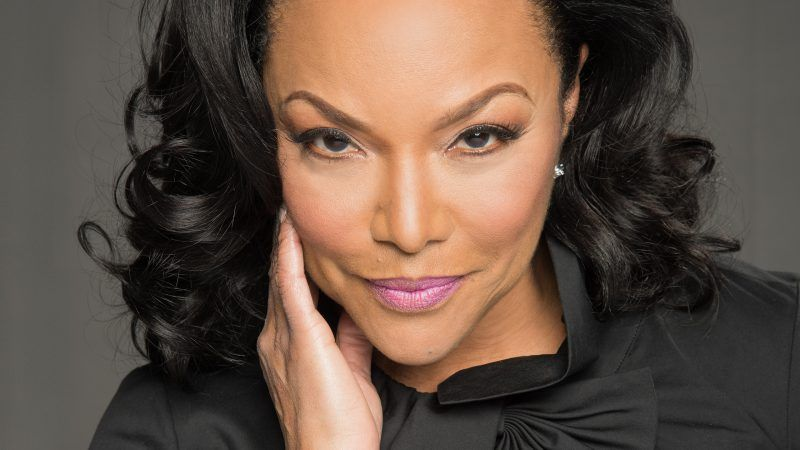 Lynn Whitfield wiki, bio, age, height, family, husband, partner