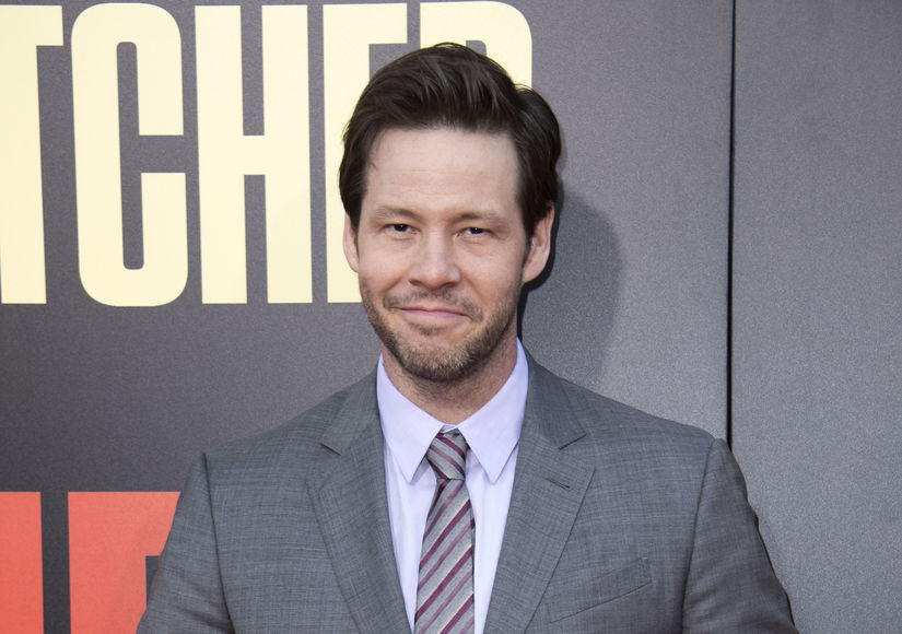 Ike Barinholtz Wiki, Bio, Wife, Kids, Net worth, Family, Age