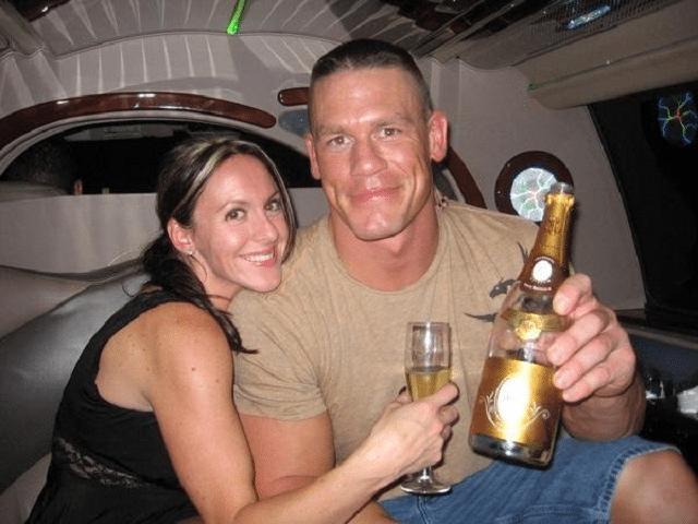 Elizabeth Huberdeau wiki, bio, husband, divorce, boyfriend, net worth, family, age
