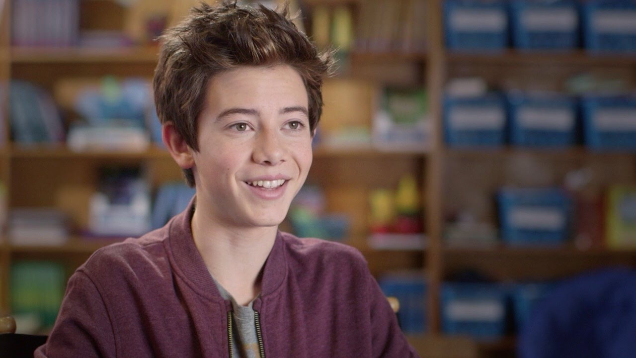 Griffin Gluck wiki, bio, age, height, dating, girlfriend, net worth, career, Instagram