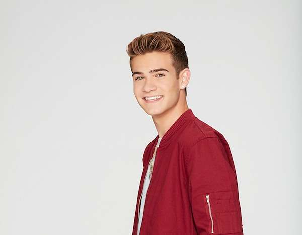 Devin Hayes Bio Reveals: Enjoys Dating His New Girlfriend And Spending Time With Family